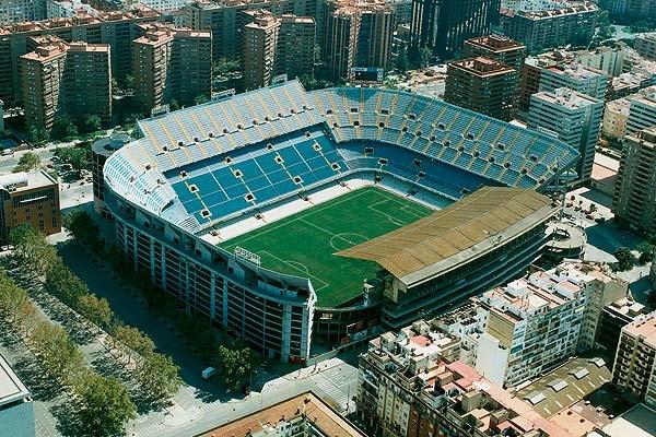 http://valencianistas.ru/img/gallery/mestalla/estadio_mestalla_1.jpg